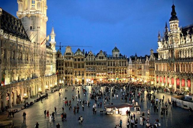 VIAJES A BELGICA. VIAJE A BRUSELAS EXPRESS - Bruselas /  - Paquetes a Europa