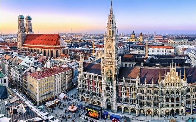VIAJES A ESENCIAS EUROPA DESDE CORDOBA  - Heidelberg / Munich / Innsbruck / Barcelona / Madrid / Toledo / Zaragoza / Blois  / Burdeos / Niza / París / Valle del Loira / Florencia / Pisa / Roma / Venecia / Verona /  - Paquetes a Europa
