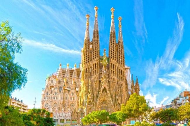 VIAJES GRUPALES A BARCELONA Y TENERIFE DESDE ARGENTINA - Barcelona / Tenerife /  - Paquetes a Europa